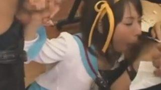 320x180 - 【涼宮ハルヒの憂鬱】『ちょっとあんたちやめなさい!』生意気なハルヒコスのパイパン美少女コスプレイヤーに不良生徒が生ハメレイプ!!